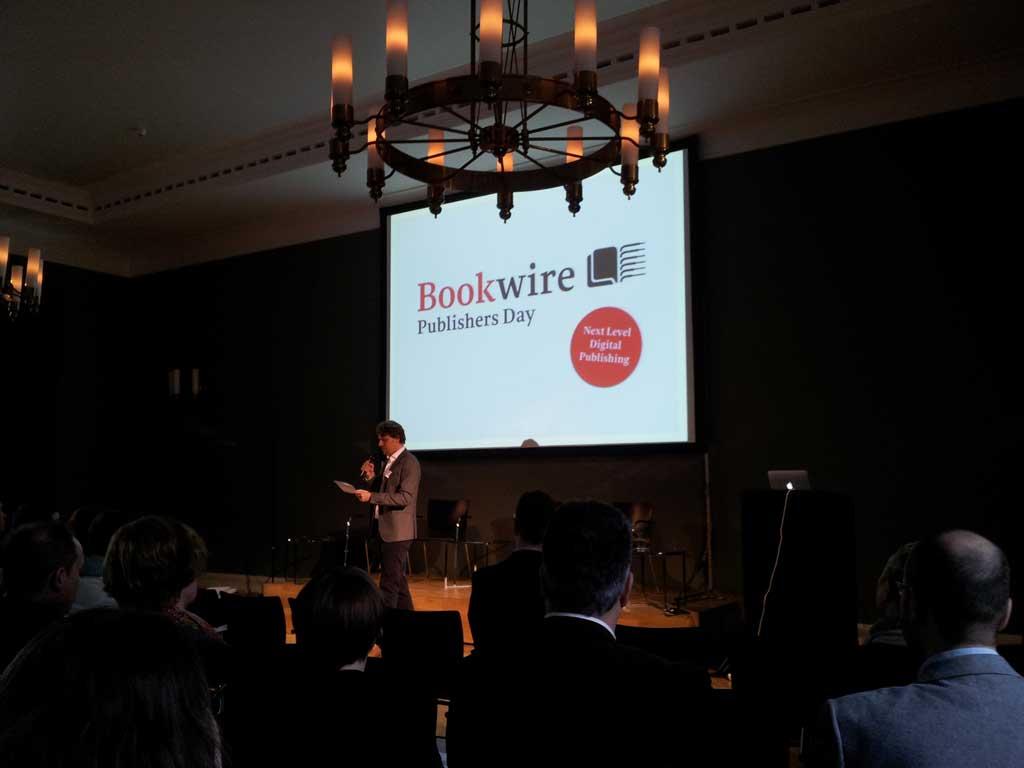 bookwire01